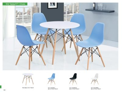 902 Table and 971 Chairs